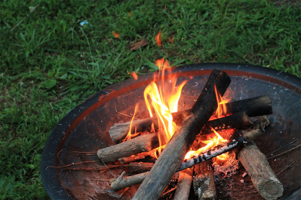 Can You Put A Fire Pit On Grass (And the Best Way to Do It)